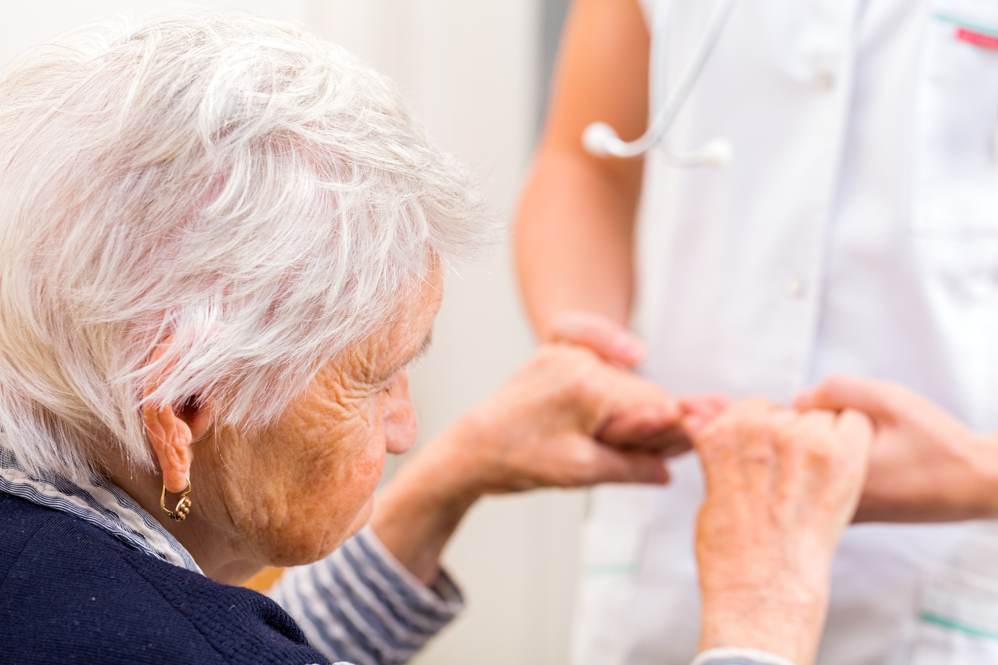 Franchise Senior Care: Questions to Ask Before Investing in One